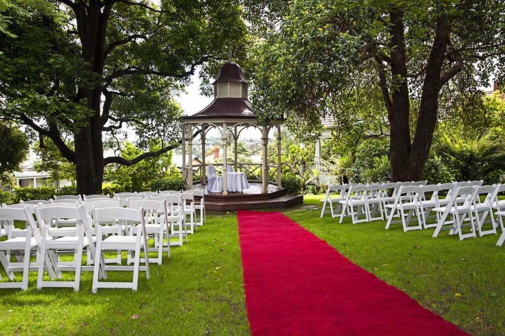 Garden & Gazebo - Melbourne Wedding Reception Venue
